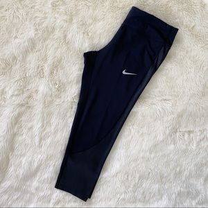 NIKE Dri-Fit Capris Tights